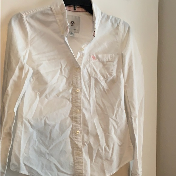 Abercrombie & Fitch Tops - Abercrombie white button up collared shirt M
